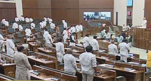 వైఎస్ వివేకాకు ఏపీ శాసనసభ సంతాపం
