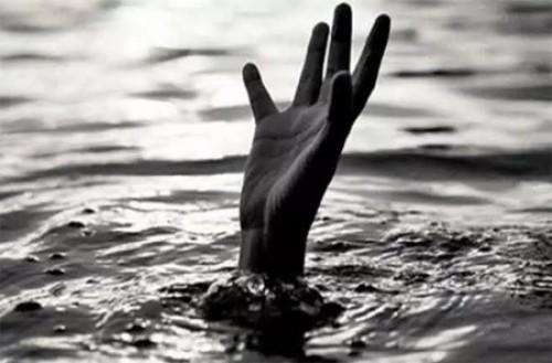 కృష్ణ నదిలో దూకిన డిగ్రీ విద్యార్థిని