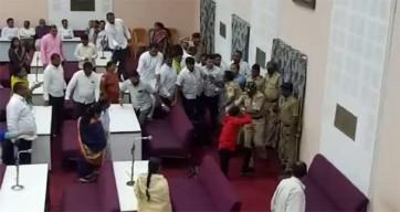 ఔరంగాబాద్లో ఎంఐఎం కార్పొరేటర్ పై దాడి