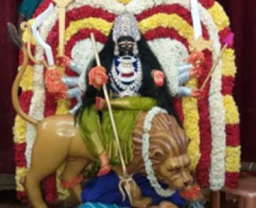 వనదుర్గ, కనకదుర్గమ్మ మహిషాసురమర్ధినిగా అలంకరణ