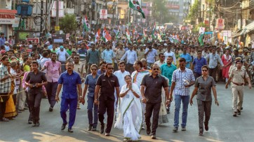 మమతా బెనర్జీ ప్రధాని కావాలని కోరుతున్న ప్రజలు : దినేష్ త్రివేది