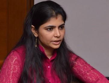 బాధితులు ధైర్యంగా ముందుకు వస్తున్నారు : సింగర్ చిన్మయి