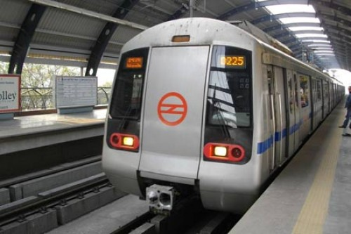 Delhi Metro to augment passenger capacity by 2 Lac by March 2018