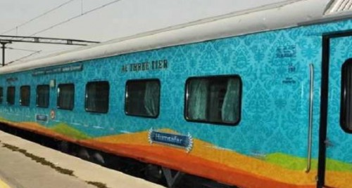 Railways books 5.7 lakh tickets in 24 hrs for 12 lakh passengers