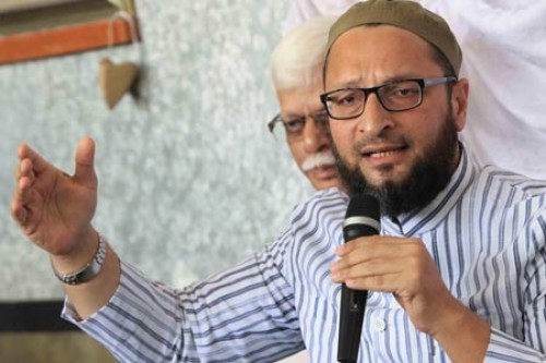 Nobody can 'give' away a mosque : Owaisi over Shia Waqf Board stand