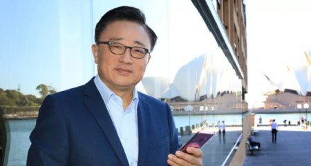 India to now 'make for the world,' watch Samsung this Diwali: CEO DJ Koh