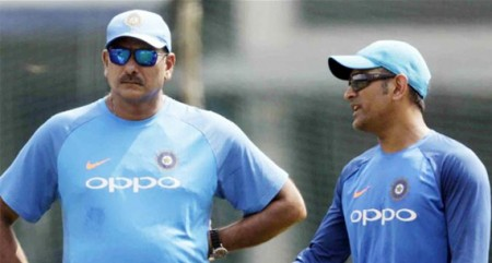Dhoni to play massive role at WC: Shastri