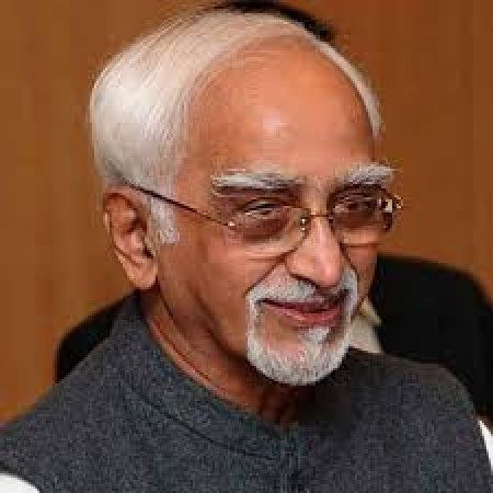 Hamid Ansari: President not in favour of two executive authorities in state
