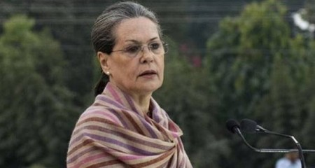 Jaitley's contribution to public life will be remembered: Sonia