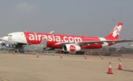 AirAsia: No emergency evacuation after bird hit