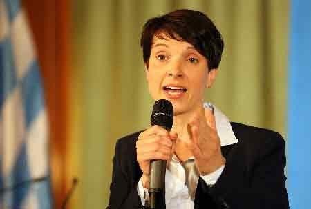 Frauke Petry quits party after German election breakthrough