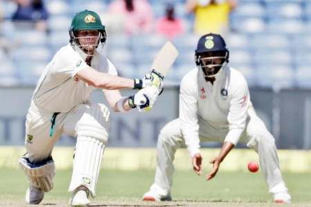 4th Test: Warner, Smith power Australia to 131/1 at Lunch on Day 1