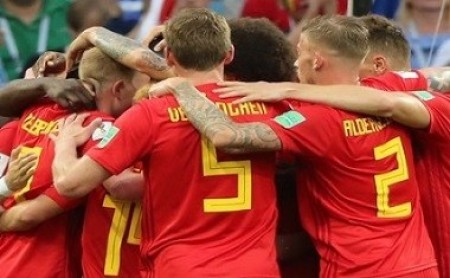 World Cup: Belgium aim to seal knockout spot