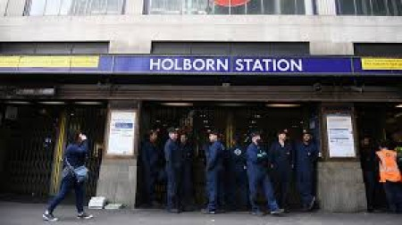 London tube station evacuated after bomb threat