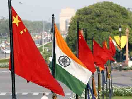 Indian, Chinese diplomats must prevent war says Chinese expert
