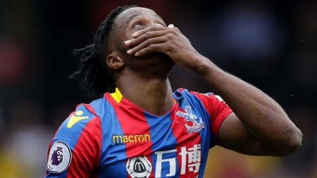 Zaha pens contract extension with Crystal Palace