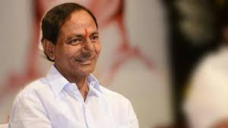 3 BJP workers hurt while setting afire KCR's effigy