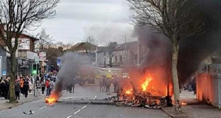 19 officers injured in N.Ireland riot