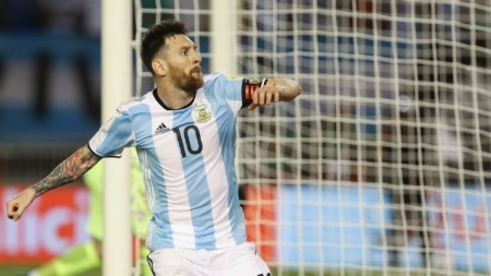 Argentina's win over Chile in World Cup qualifiers criticised by press