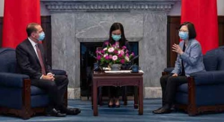 US Health Secy meets Taiwan Prez, China irked