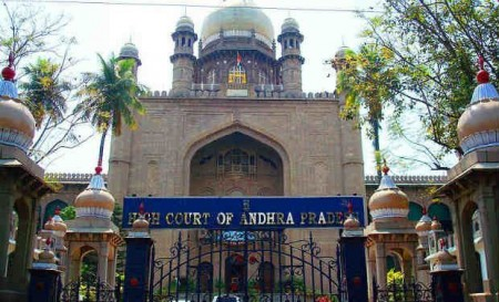 Hyderabad HC orders fresh probe into Andhra student's murder
