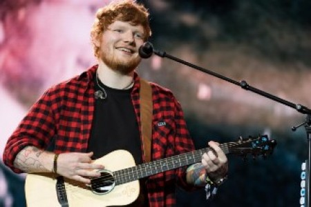Ed Sheeran lands in Mumbai, welcomed in traditional style