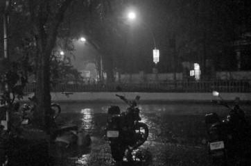 హైదరాబాద్ లో చీకటీ...