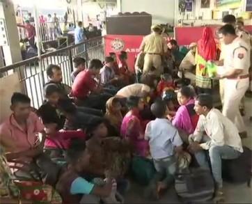 పోలీసుల అదుపులో 31 మంది బంగ్లాదేశీయులు